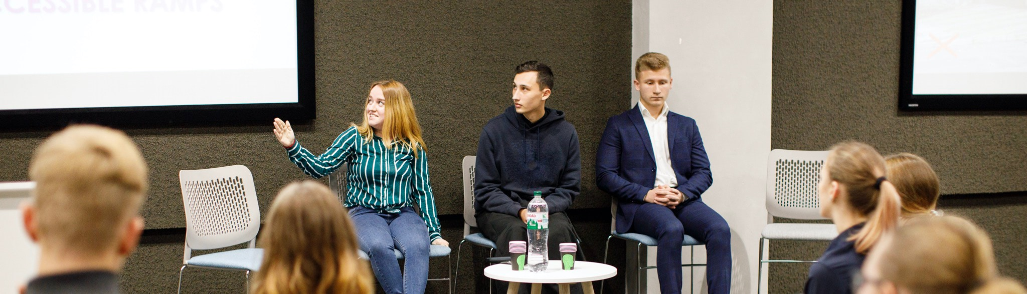 studentska-konferencziya-z-anglijskoyi-movy-13-aspect-ratio-1920x550